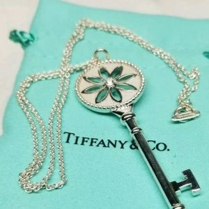 "Tiffany &Co 2.5"" Daisy flower Key pendant Necklace"